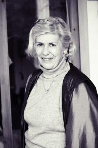 Ashirda Auren - reflexologa, masajista podal - reflexologist. foot massage